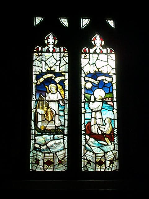 Glassmalerier med scener fra Carantocs liv, fra kirken i Crantock i Cornwall